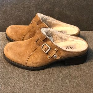 Tan leather/sheepskin Ugg mules , women's sz 8